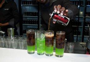 coca-cola-zero_skyfall_premiere_brand_awareness-01