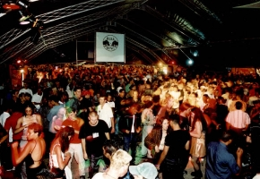 largest-new-year-dance-event-01